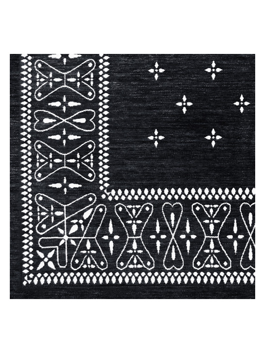 Detail / Cross Bandanna rug